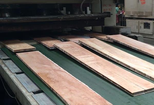 Building Structured Flooring, Sawyer Mason Core Hot Press Lamination Finished