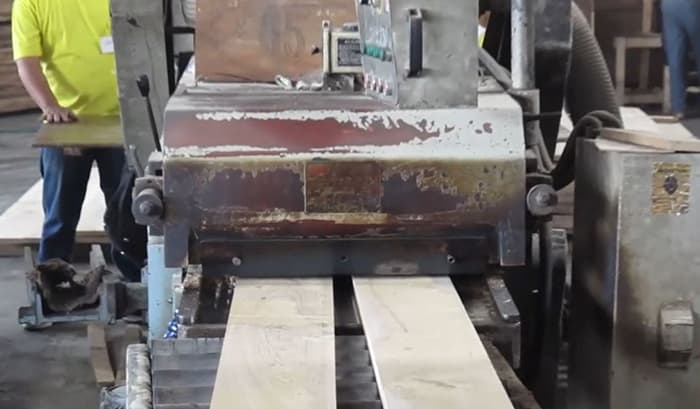 Building Structured Flooring, Sawyer Mason Wide Plank Face Veneer Blanking