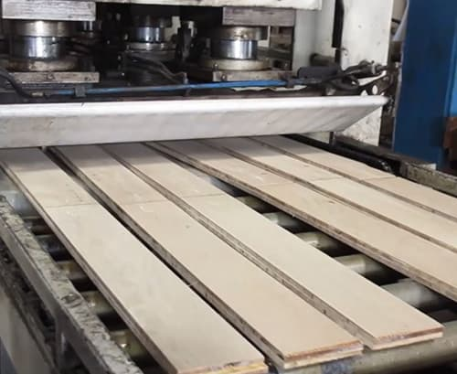 Building Structured Flooring, Sawyer Mason Wide Plank Flooring - Hot Press Core and Face Veneer Lamination