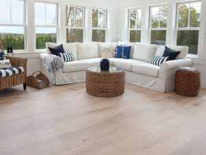 hardwood wide plank flooring