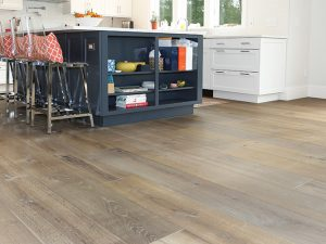 wide-plank-flooring-madaket kitchen