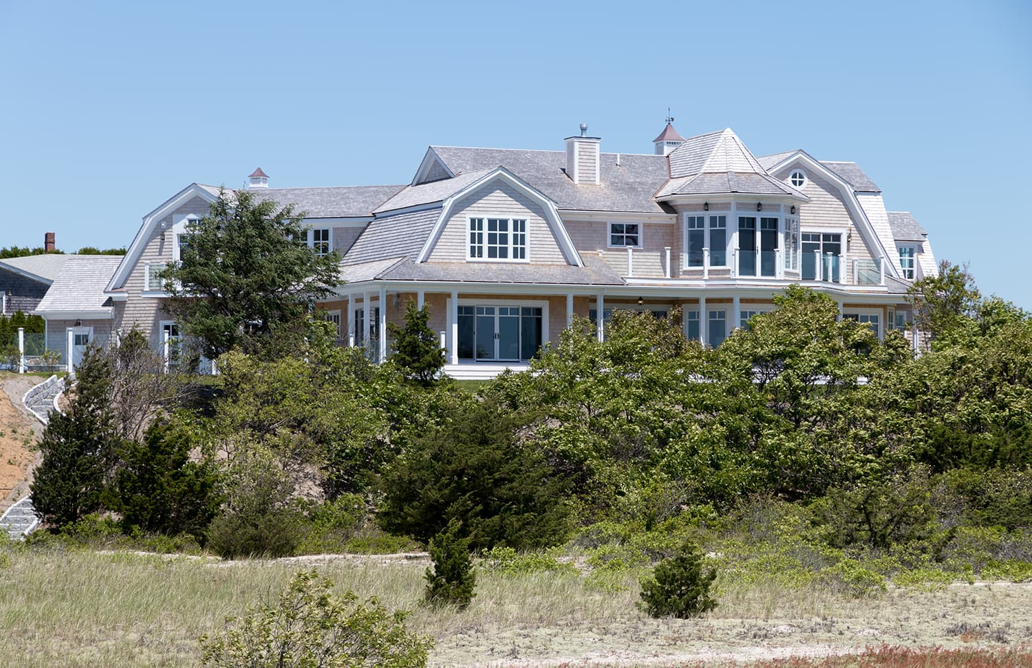 Waterfront Luxury Mansion - Miacomet Featured Installation
